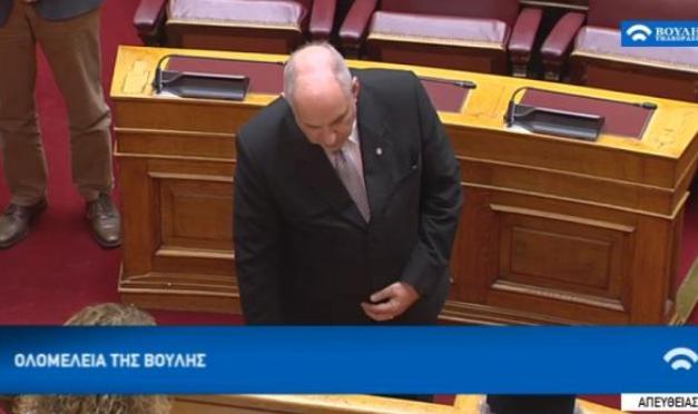 Ορκίστηκε βουλευτής ο Κούικ - «Θα στηρίζω την κυβέρνηση»