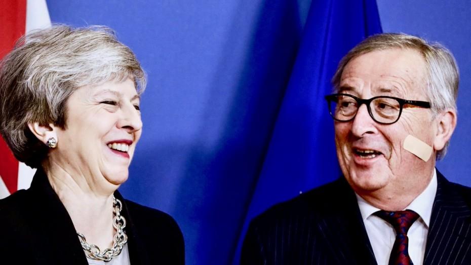 Παλινωδίες Μέι για κατάρρευση των συζητήσεων στο Brexit