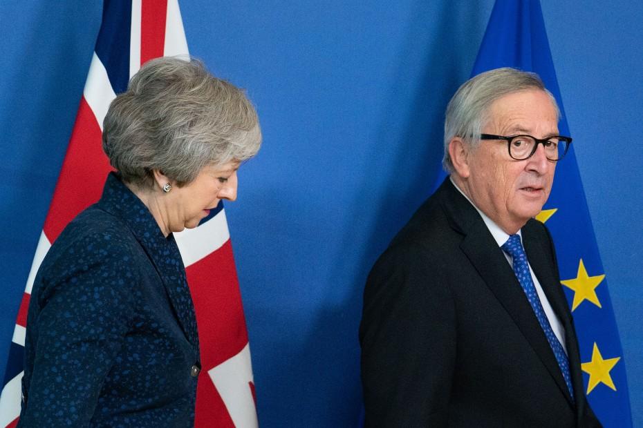 Ακόμα μια συνάντηση Γιούνκερ με Μέι για το Brexit
