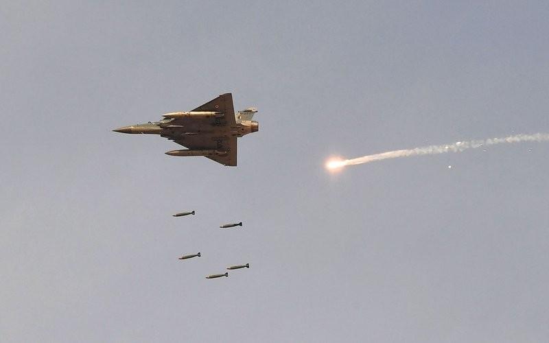 Το Πακιστάν κατέρριψε δύο μαχητικά της Ινδίας
