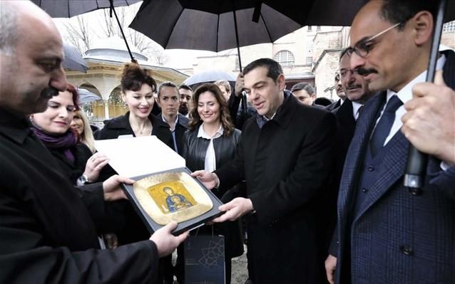 Τι είπε ο Τσίπρας με τους ομογενείς της Κωνσταντινούπολης