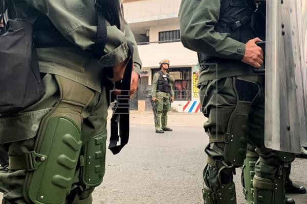 Επεισόδια και στα σύνορα Βενεζουέλας - Κολομβίας