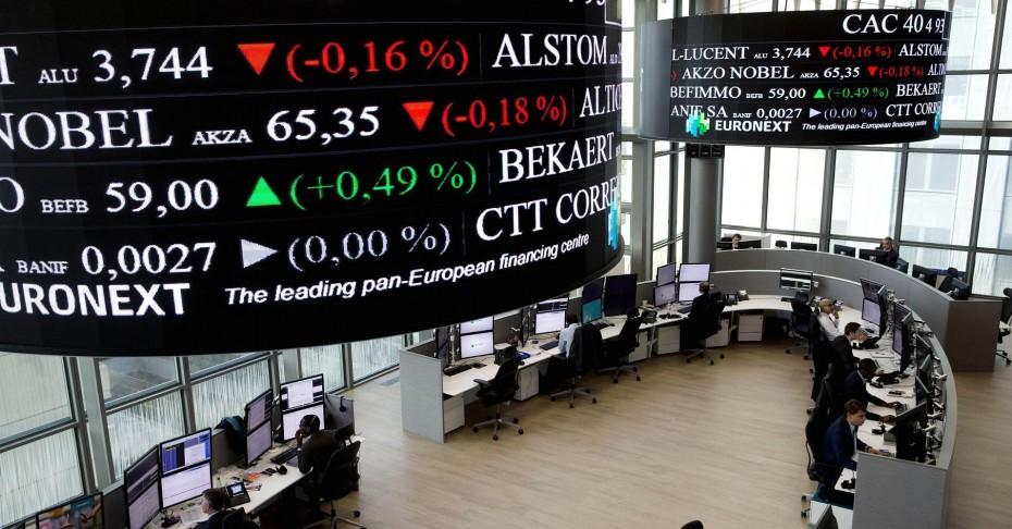 Ανοδικά οι ευρωαγορές, με το Brexit στο επίκεντρο