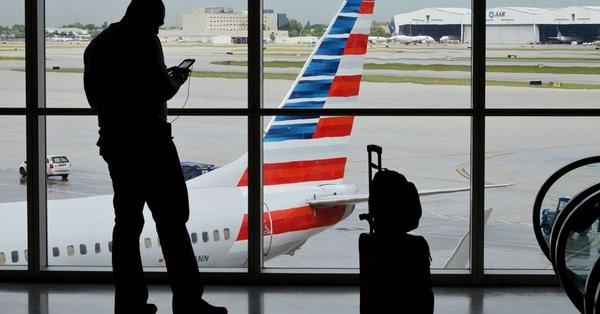 Αναστολή πτήσεων της American Airlines για τη Βενεζουέλα