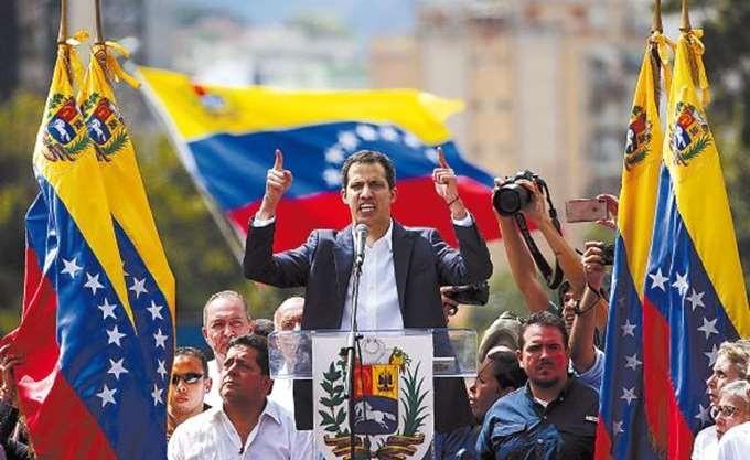 Εκνευρισμός από τον Γκουαϊδό για τους Ρώσους στη Βενεζουέλα