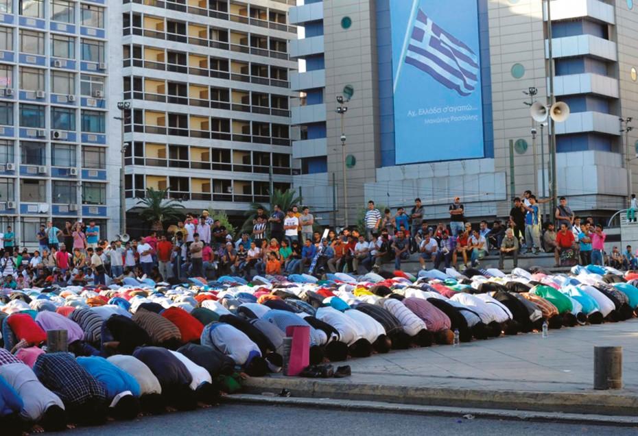 Διαμαρτύρονται οι Μουσουλμάνοι για το τζαμί στο Βοτανικό