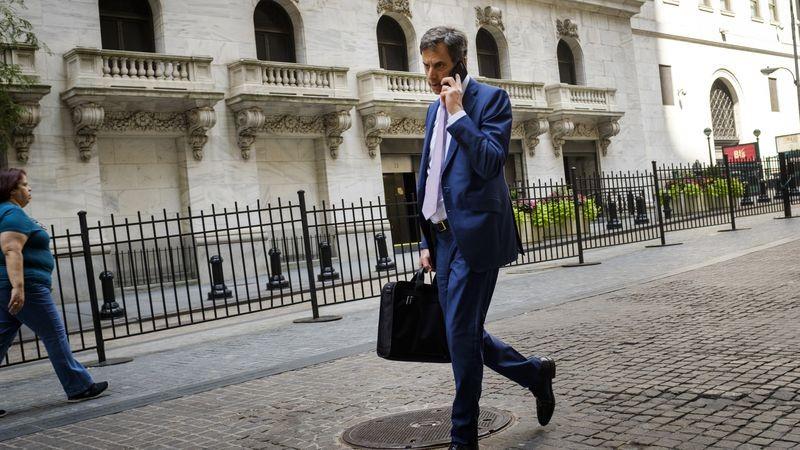 «Ξυπνούν» και πάλι οι εμπορικοί φόβοι στη Wall Street