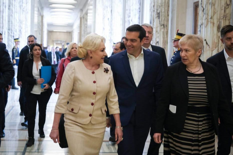 Ενίσχυση της συνεργασίας με τη Ρουμανία θέλει ο Τσίπρας
