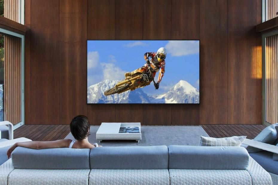 Αυτή η τηλεόραση κοστίζει 13.000 δολάρια - Το μικρότερο μοντέλο!
