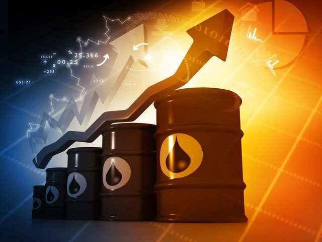 Ράλι το αργό, στον απόηχο των ανακοινώσεων Τραμπ για το ιρανικό πετρέλαιο