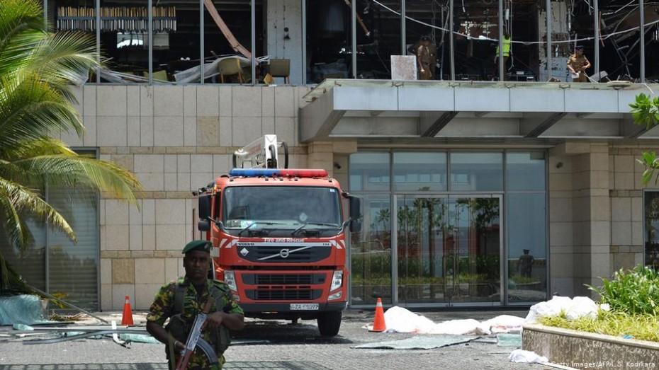 Πάνω από 150 νεκροί από εκρήξεις στη Σρι Λάνκα
