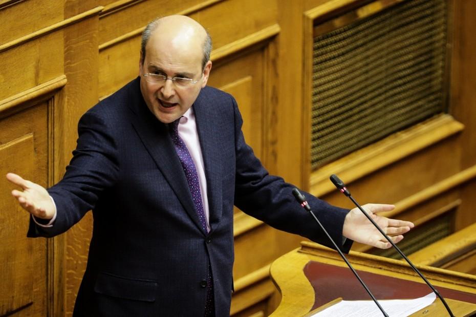 Χατζηδάκης: Η κυβέρνηση επί 4 χρόνια αφήνει την ΕΒΖ να αργοπεθαίνει