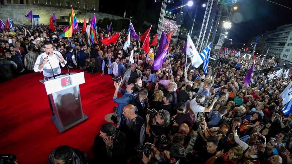 Με υποσχέσεις και παροχολογία η «αυλαία» του προεκλογικού Τσίπρα