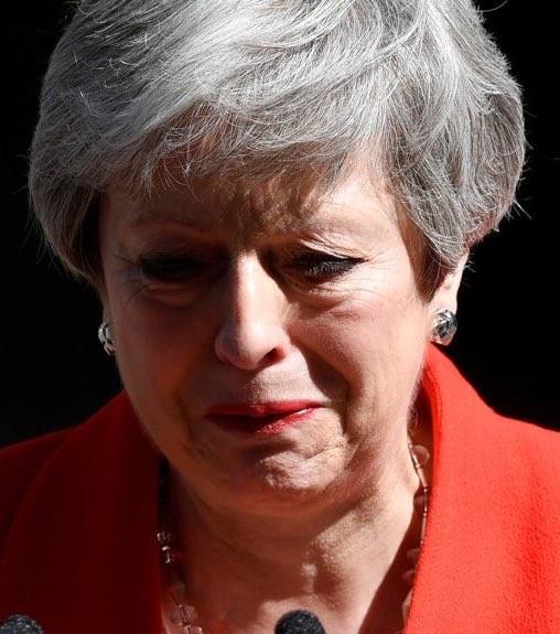 Οι αντιδράσεις στη Βρετανία μετά την παραίτηση της Μέι
