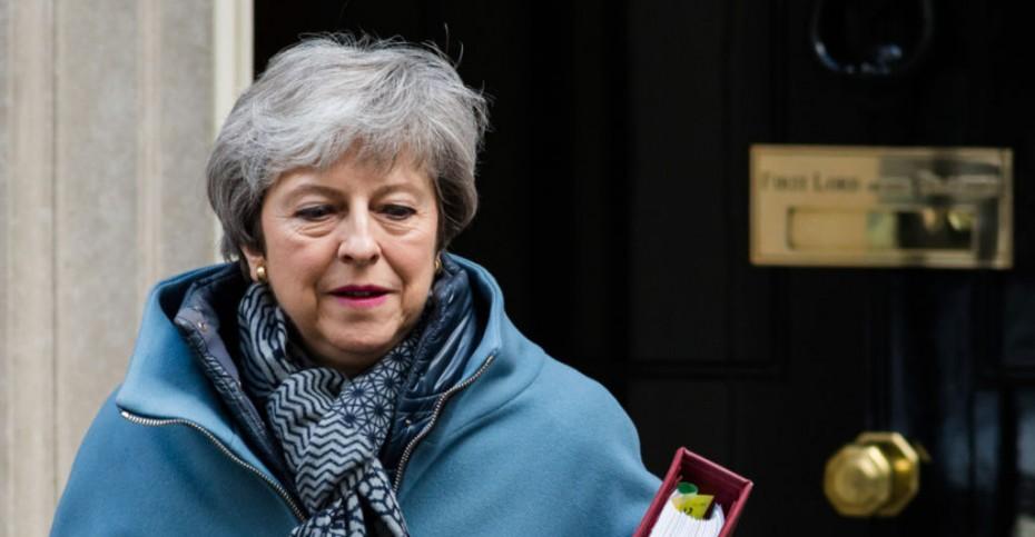 Brexit: Θα παίξει τα ρέστα της για... 4η φορά η Μέι