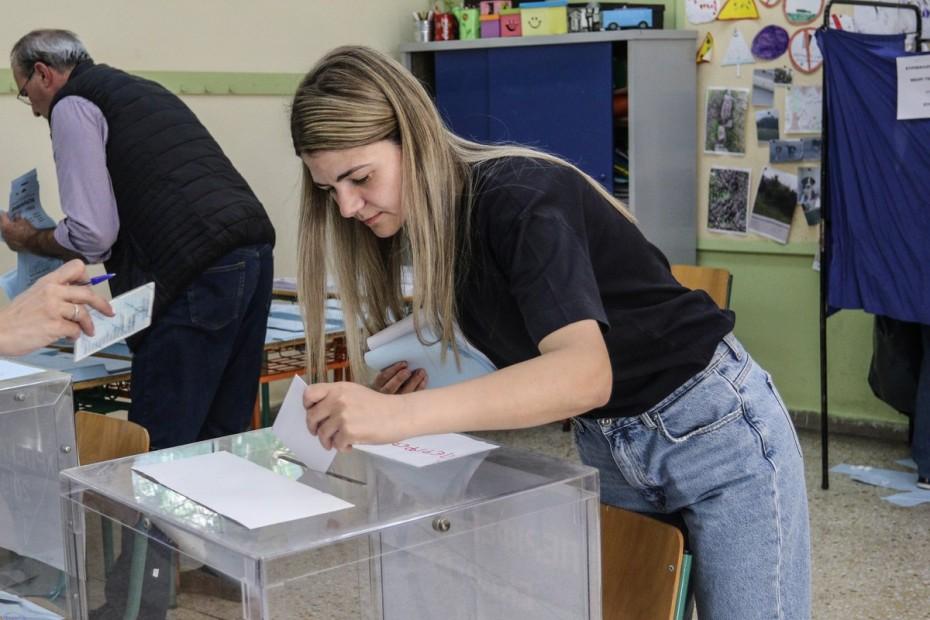 Παράταση της εκλογικής διαδικασίας «όπου απαιτείται»