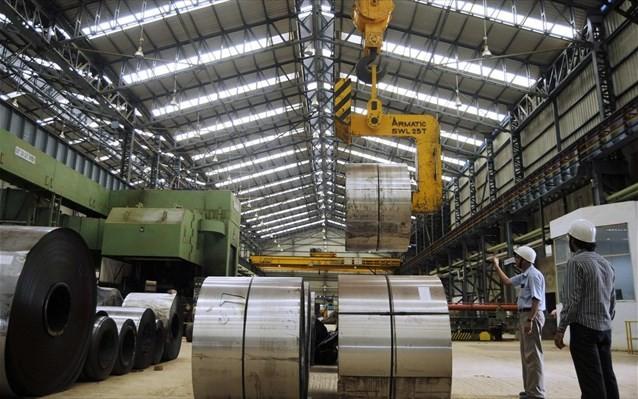 ΙΟΒΕ: Ελαφριά άνοδος στη βιομηχανία τον Απρίλιο