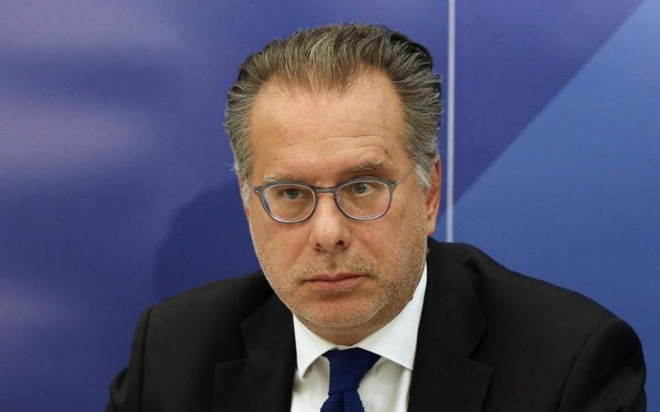 Επιπολαιότητα της κυβέρνησης στις προκλήσεις Τουρκίας και Αλβανίας, καταγγέλλει ο Κουμουτσάκος
