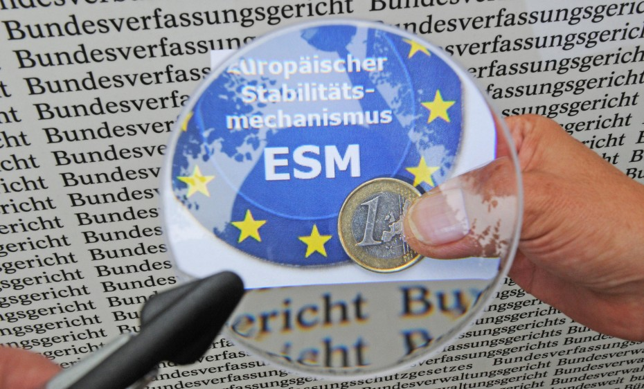 ESM: «Πράσινο φως» στα μέτρα για το χρέος και μήνυμα για προσήλωση στις μεταρρυθμίσεις