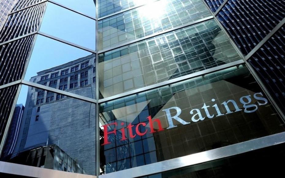 Fitch για παροχές: Κίνδυνος νέων εντάσεων με τους δανειστές