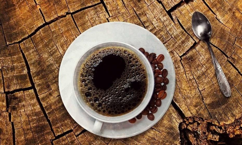 Ο καφές στο... ράφι θα έχει άλλο ΦΠΑ