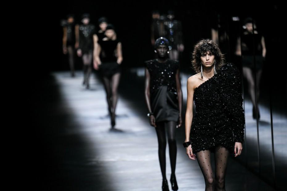 «Όχι» στα ανήλικα μοντέλα λένε Gucci και McQueen