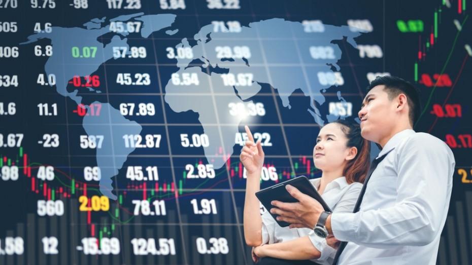 Με το «βλέμμα» στον εμπορικό πόλεμο οι αγορές της Ασίας