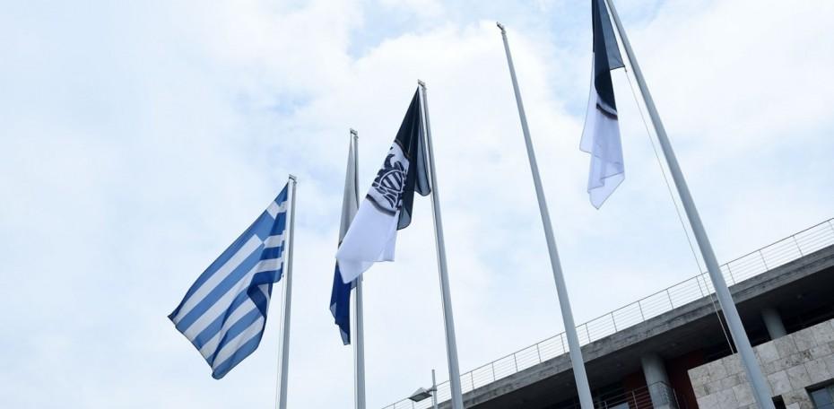 Θεσσαλονίκη: «Δεν έχουν καμία θέση οι σημαίες του ΠΑΟΚ στο δημαρχείο» τόνισε ο Ταχιάος