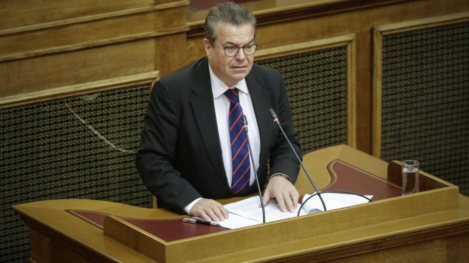 Μικρή αύξηση στις συντάξεις, λέει ο Πετρόπουλος προς τη ΝΔ
