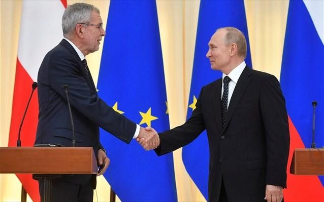 Πούτιν: Συνεργαζόμαστε πιο εύκολα με Τούρκους παρά με Ευρωπαίους