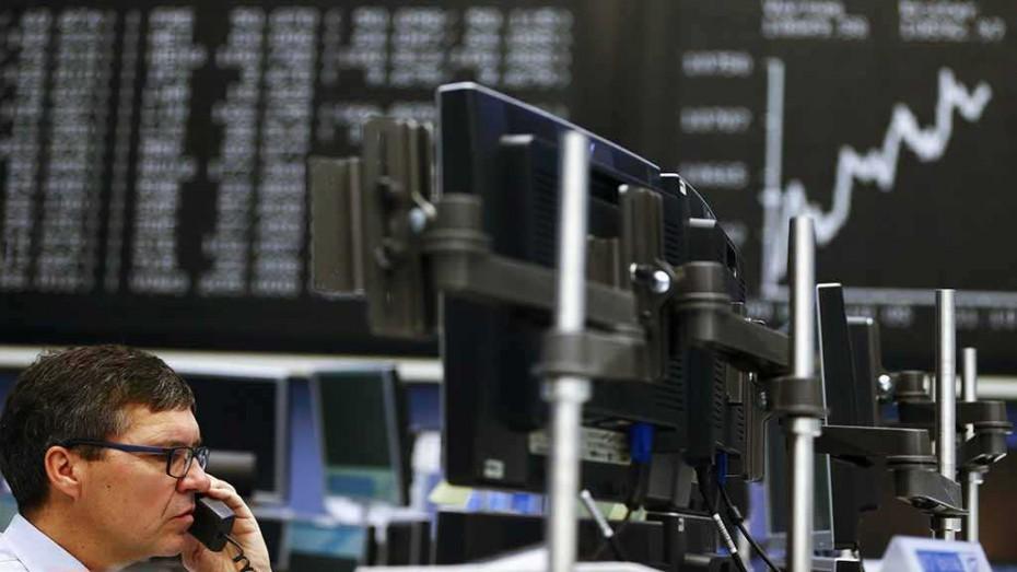 Σήμα υποχώρησης στις ευρωαγορές μετά τις απειλές Τραμπ σε Κίνα
