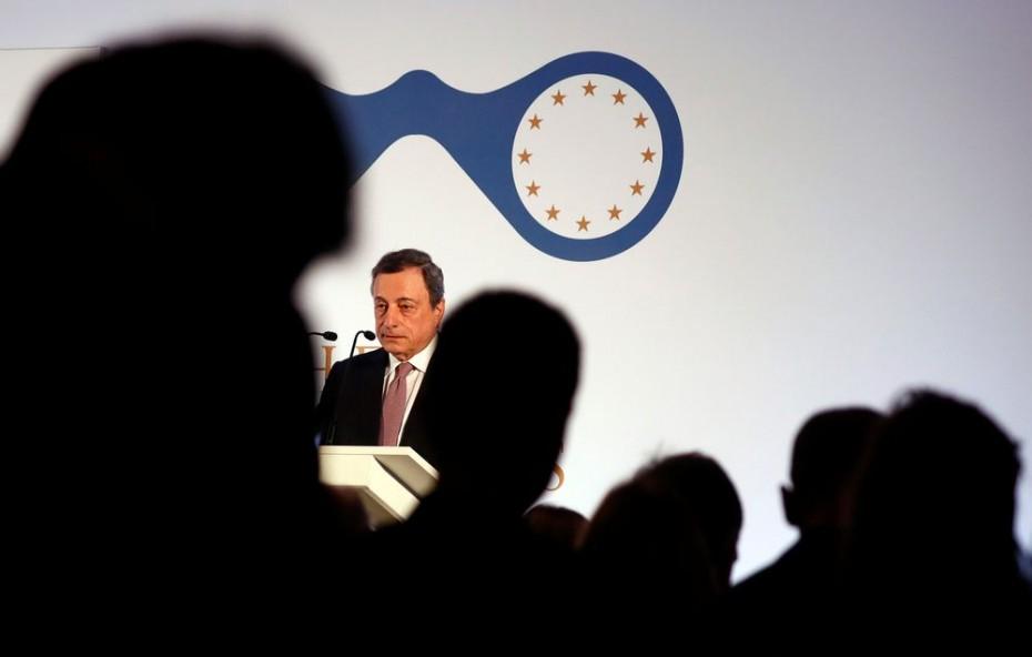 Ο Ντράγκι έβαλε «δύσκολα» στις ευρωαγορές την Πέμπτη