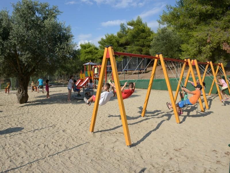 Έως την Κυριακή οι αιτήσεις για τις παιδικές κατασκηνώσεις του ΛΑΕ/ΟΠΕΚΑ