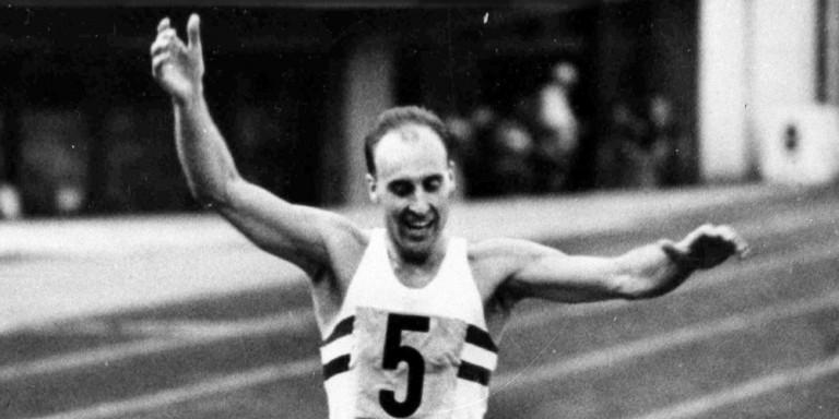 Απεβίωσε ο Βρετανός Ολυμπιονίκης, Κεν Μάθιου