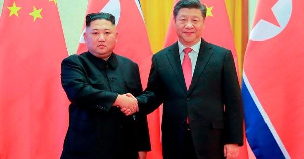 Στη Β. Κορέα ο Κινέζος πρόεδρος - Στο επίκεντρο τα πυρηνικά