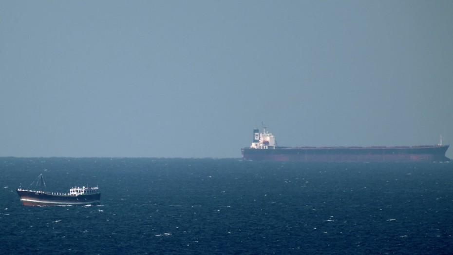 Εκρήξεις στο Ομάν: Το Ιράν διέσωσε 44 ναύτες από τα δεξαμενόπλοια