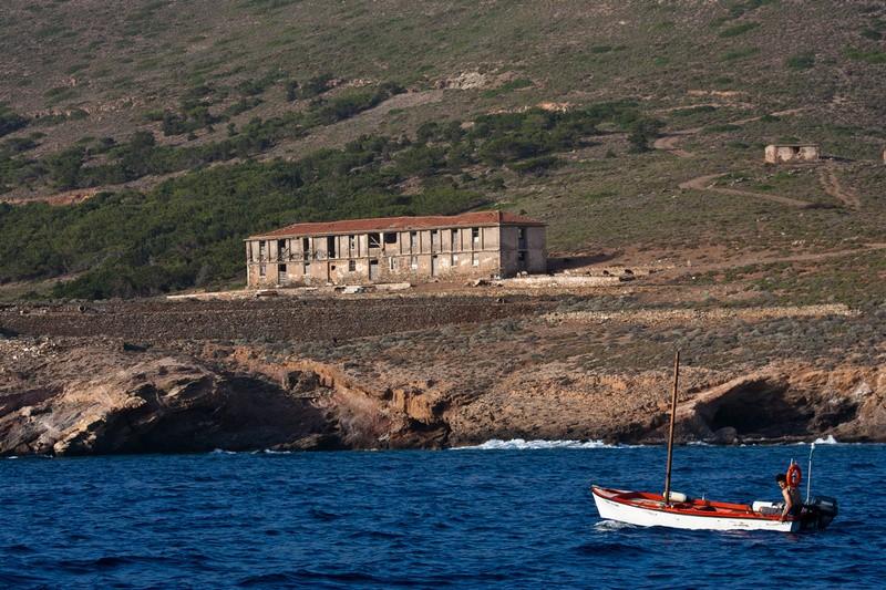 Γιατί έγινε αρχαιολογικός χώρος η Μακρόνησος;