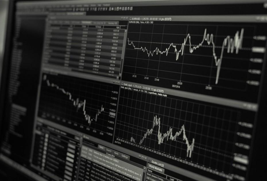Με το «βλέμμα» στα επιτόκια οι ευρωαγορές