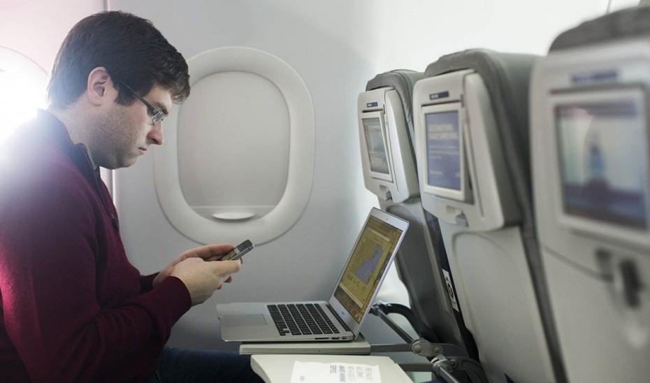 Τώρα πλέον μπορείτε να σερφάρετε και από το αερπλάνο
