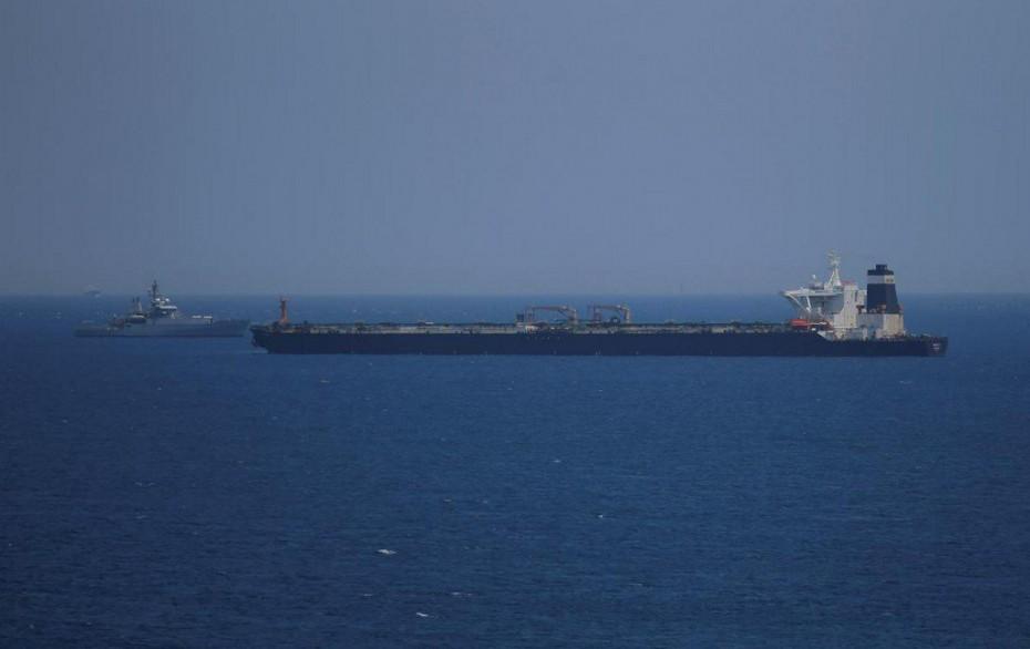Νέα ένταση στα Στενά του Ορμούζ, με κατάσχεση τάνκερ από το Ιράν