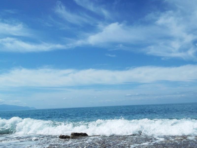 Ο καιρός σήμερα: Ισχυροί άνεμοι θα τα «σηκώσουν» όλα