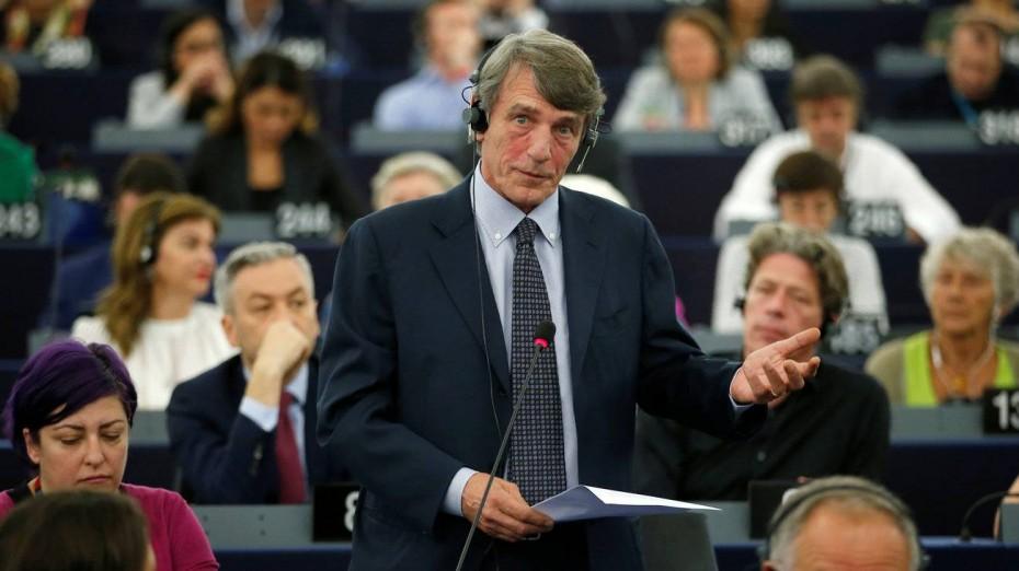 Ο παρουσιαστής ειδήσεων που πήρε τα «ηνία» του Ευρωκοινοβουλίου