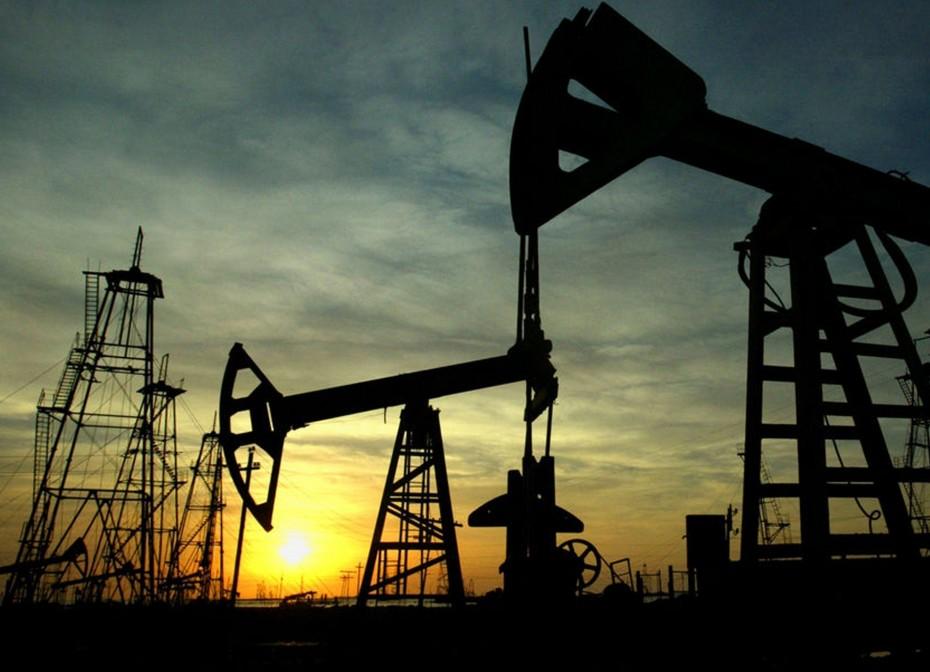 Σε χαμηλό 11ετίας η παγκόσμια ζήτηση πετρελαίου