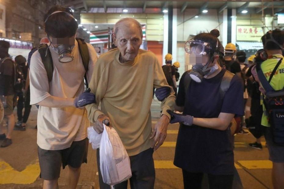 Νέες συγκρούσεις διαδηλωτών - αστυνομίας στο Χονγκ Κονγκ