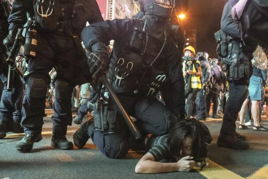Χιλιάδες διαδηλωτές και πάλι στους δρόμους του Χονγκ Κονγκ