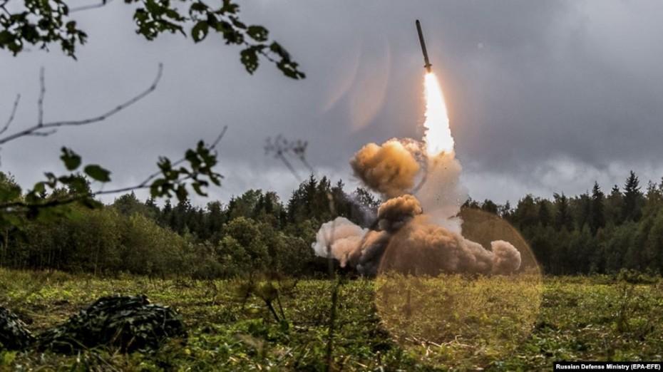 Ο Πούτιν προειδοποιεί τις ΗΠΑ για ανάπτυξη νέων πυρηνικών πυραύλων