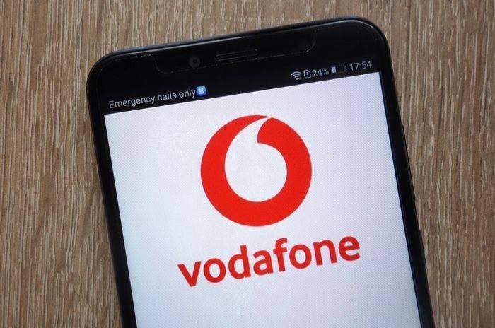 Κοντά στους πυρόπληκτους η Vodafone