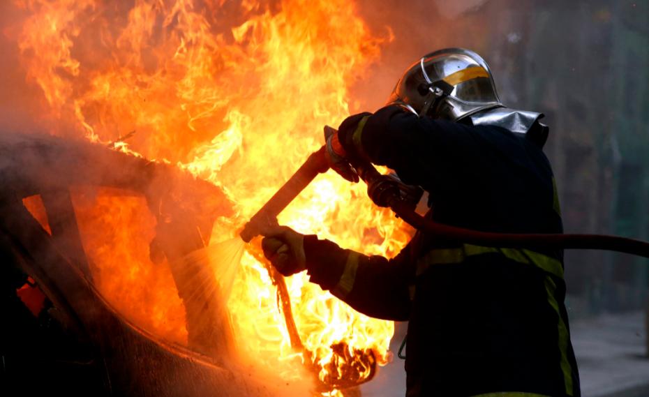 Θάνατος γυναίκας από φωτιά σε διαμέρισμα στην Καλλιθέα