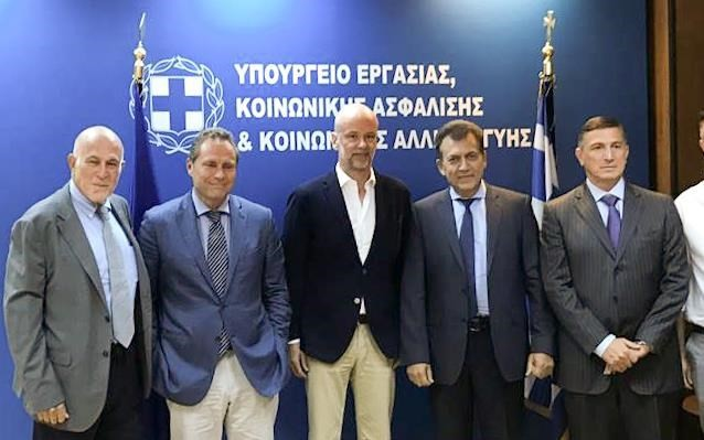 Συνάντηση Βρούτση με την ηγεσία του ΣΕΤΕ