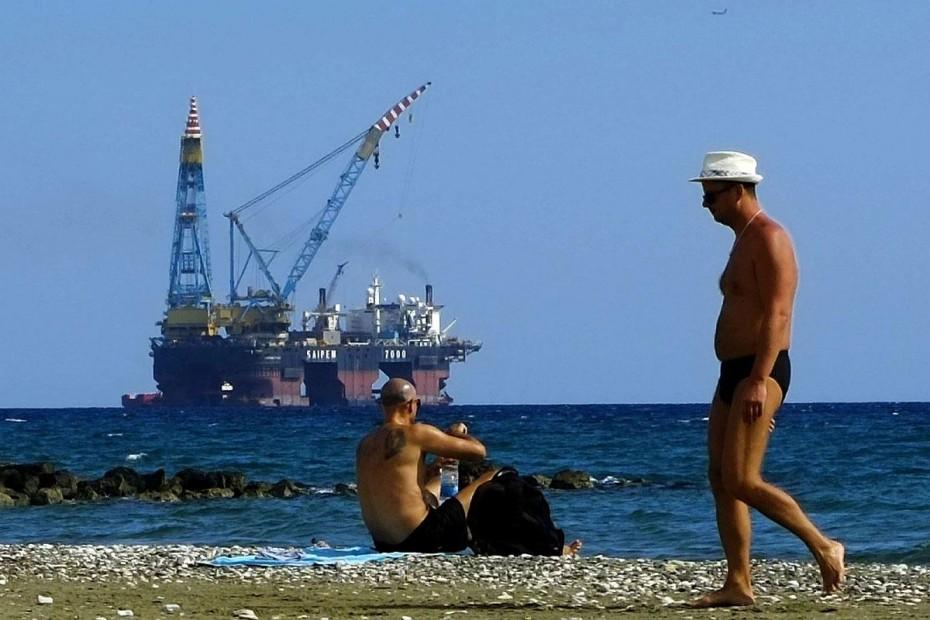 Κυπριακή ΑΟΖ: Η Τουρκία με Navtex, ο Αναστασιάδης με πρόταση